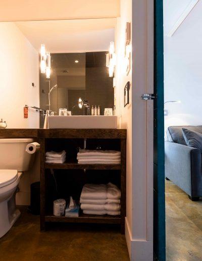 Chambre #1 - Salle de bain | Hébergement à Sutton, Estrie | Auberge Sutton Brouërie