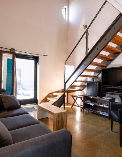 Chambre #1 - Rez-de-chaussée - vue escalier | Hébergement à Sutton, Estrie | Auberge Sutton Brouërie