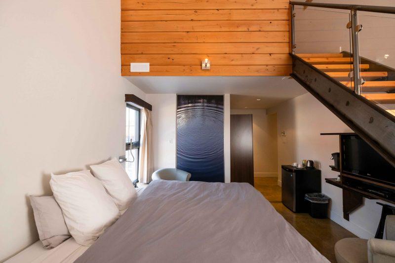 Chambre #2 - Rez-de-chaussée - vue d'ensemble | Hébergement à Sutton, Estrie | Auberge Sutton Brouërie