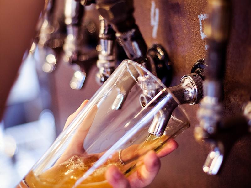 Bières de microbrasserie à Sutton   Restaurant, auberge et microbrasserie   Auberge Sutton Brouërie