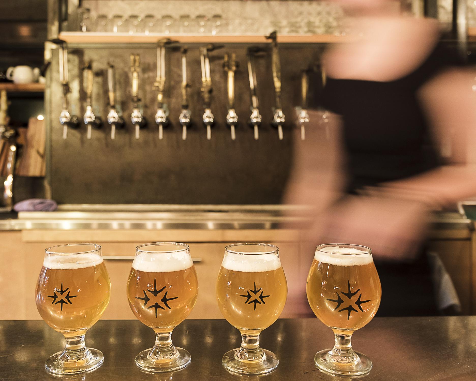 Bières blondes de microbrasserie | Restaurant, auberge et microbrasserie située en Estrie | Auberge Sutton Brouërie